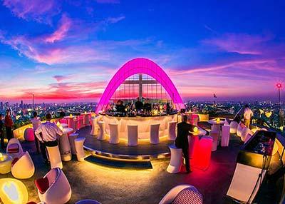 Red Sky Rooftop bar at Centara Grand Bangkok, Siam Square area